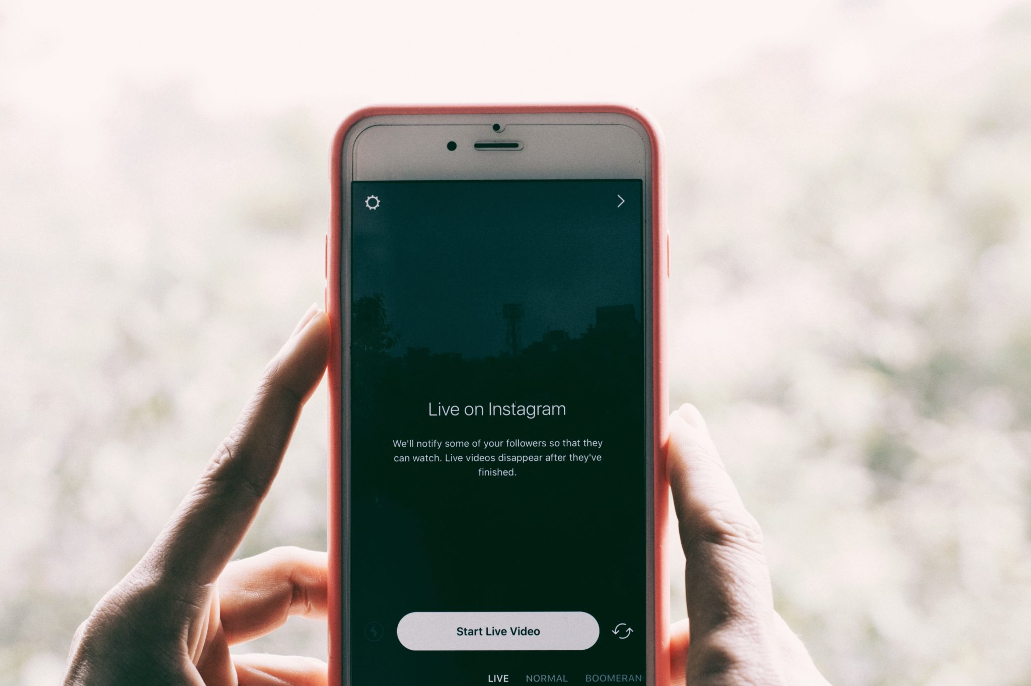 Content Marketing Consumption Trends under Millennials - What trends should a hospitality brand know regarding content consumption? Applicable for hotels, hostels, restaurants, cafés and more. One of them: live streams (livestreaming).