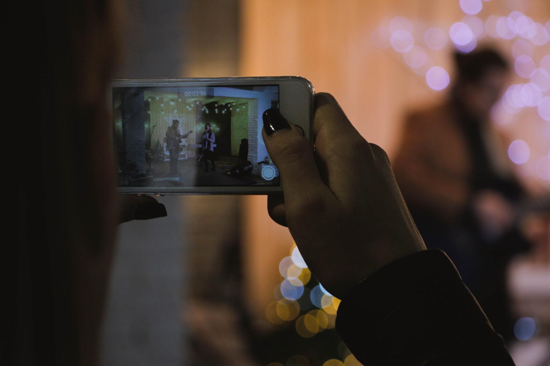 Video and live stream trend - Hospitality Marketing