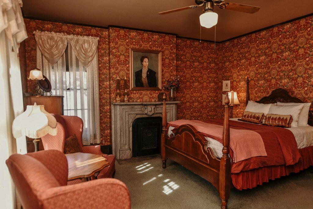 Felt Manor - Social Media Marketing - Inn, BnB, Guest House